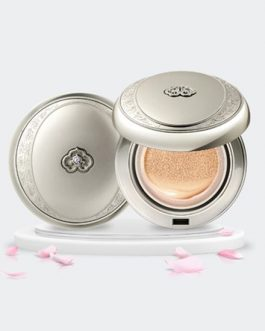 The Whoo Gongjinhyang Seol Radiant White Moisture Cushion Foundation (SPF50+ PA+++)